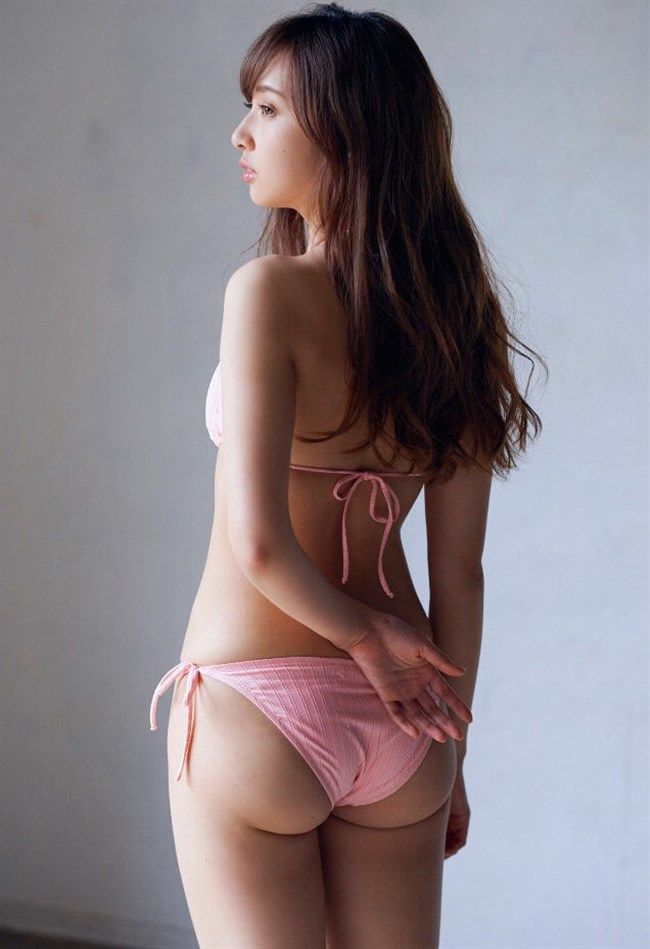 小宮有紗~週刊プレイボーイの水着グラビアはムッチリ過ぎて即オッキした!0008shikogin