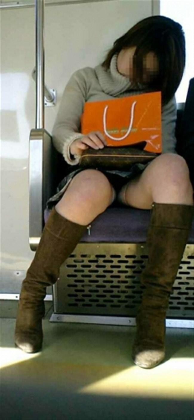 ミニスカなのに電車内で爆睡してしまったお姉さんの末路www0015shikogin