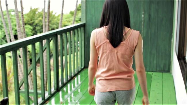 森戸知沙希[モーニング娘。]~初映像作品の水着姿が可愛くてエロ過ぎると話題になってます!0007shikogin