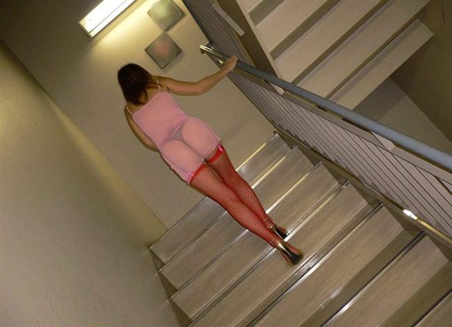 非常階段で露出調教している現場がこちらwwww0008shikogin