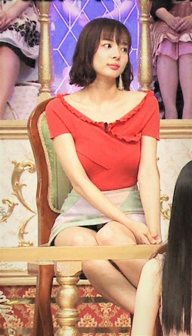 岡田紗佳~Gカップの胸の膨らみが凄い!もうテレビで胸ばかりが気になる!0003shikogin