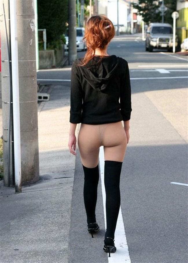 遭遇したら目を疑うレベルのあり得ないところで全裸になる露出狂痴女www0013shikogin