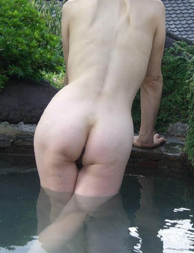 変態露出狂娘が混浴露天風呂に入るとこうなるwwww0002shikogin