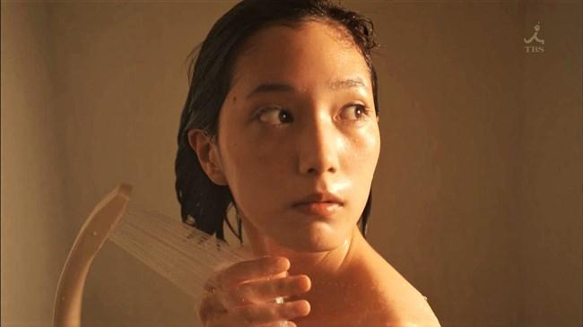 本田翼~ドラマ「わにとかげぎす」ではパンティー見せなど過激なエロ一杯!0005shikogin