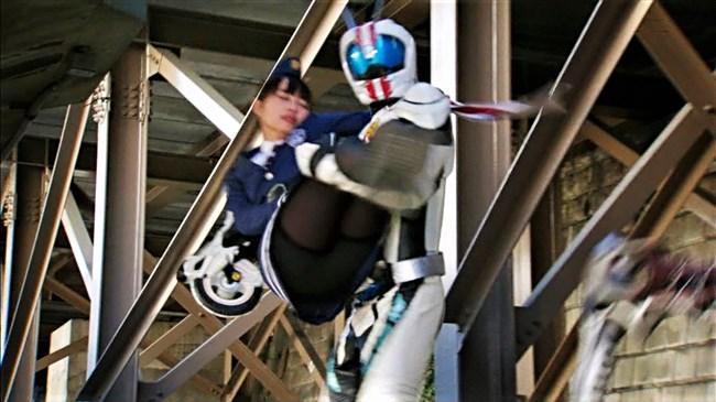 内田理央~ヒルナンデスのパンチラとシースルーパンティーのマンチラを検証!0013shikogin