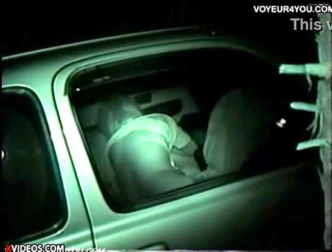 暗闇でセックスするカップルを赤外線カメラで盗撮した結果wwww0012shikogin