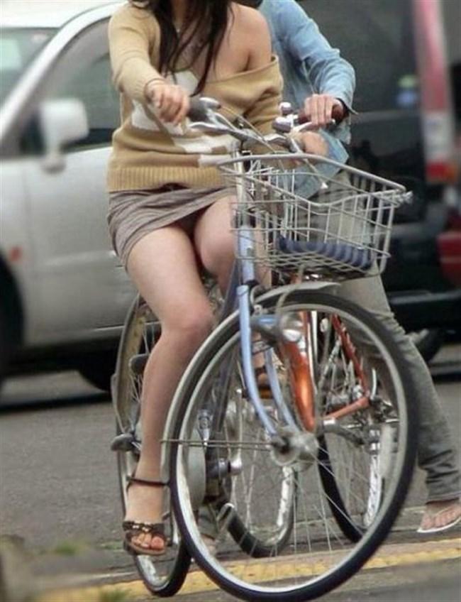 ミニスカ女子がチャリに乗ると必ずこうなるwwwww0002shikogin