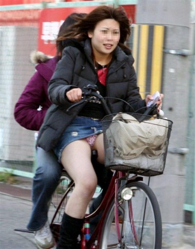 ミニスカ女子がチャリに乗ると必ずこうなるwwwww0035shikogin