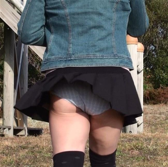 強風の日のスカート女子の後ろはパンチラパラダイスwww0006shikogin