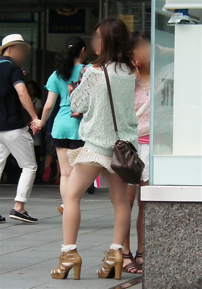強風の日のスカート女子の後ろはパンチラパラダイスwww0021shikogin