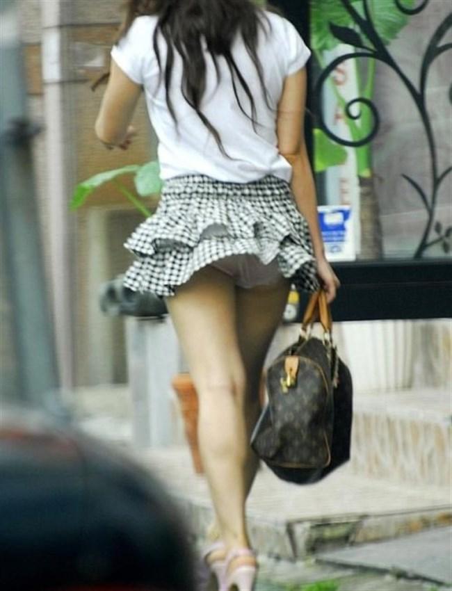 強風の日のスカート女子の後ろはパンチラパラダイスwww0042shikogin