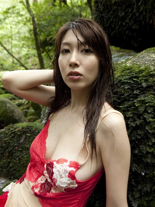 乳首ギリギリに迫るグラドルの撮影シーンはポロリと紙一重wwww0014shikogin