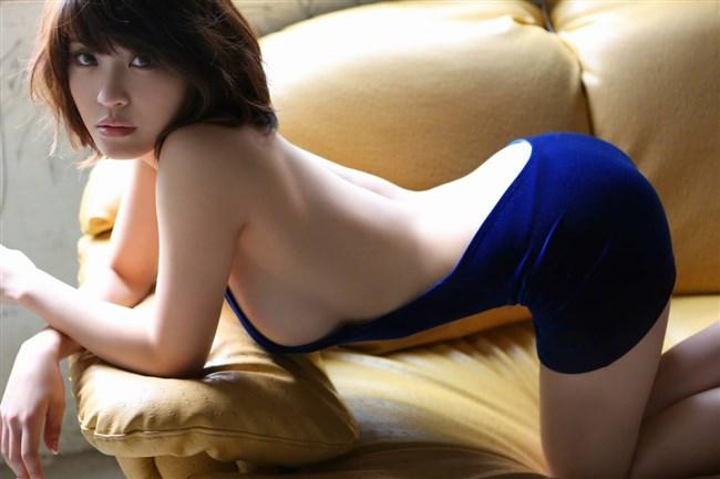 乳首ギリギリに迫るグラドルの撮影シーンはポロリと紙一重wwww0027shikogin