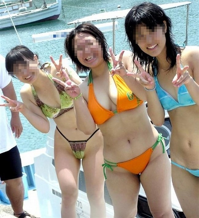 真夏のビーチで幸運にも遭遇した乳首ポロリハプニングwwww0009shikogin