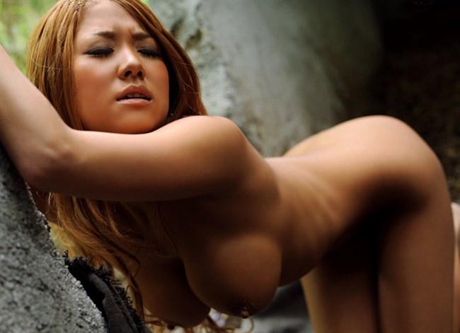 サバゲー中にムラムラして露出オナニーを始めてしまう淫乱娘wwww0013shikogin