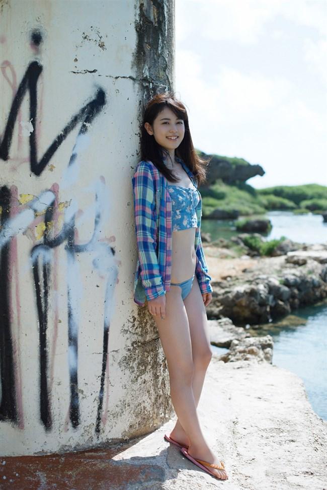 元グラビアモデルの久慈暁子さんの水着姿を振り返ったら即ハボwwwwww0005shikogin