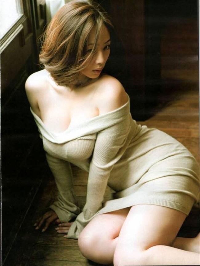 巨乳娘がニット服を着るとガチでえちえち過ぎwwwwww0024shikogin