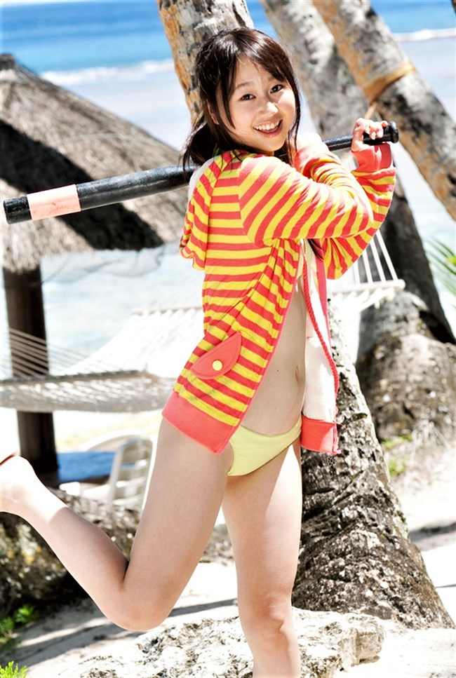 小林香菜~写真集「ヤッちゃった」の先行エロショットをFLASHで掲載!0010shikogin
