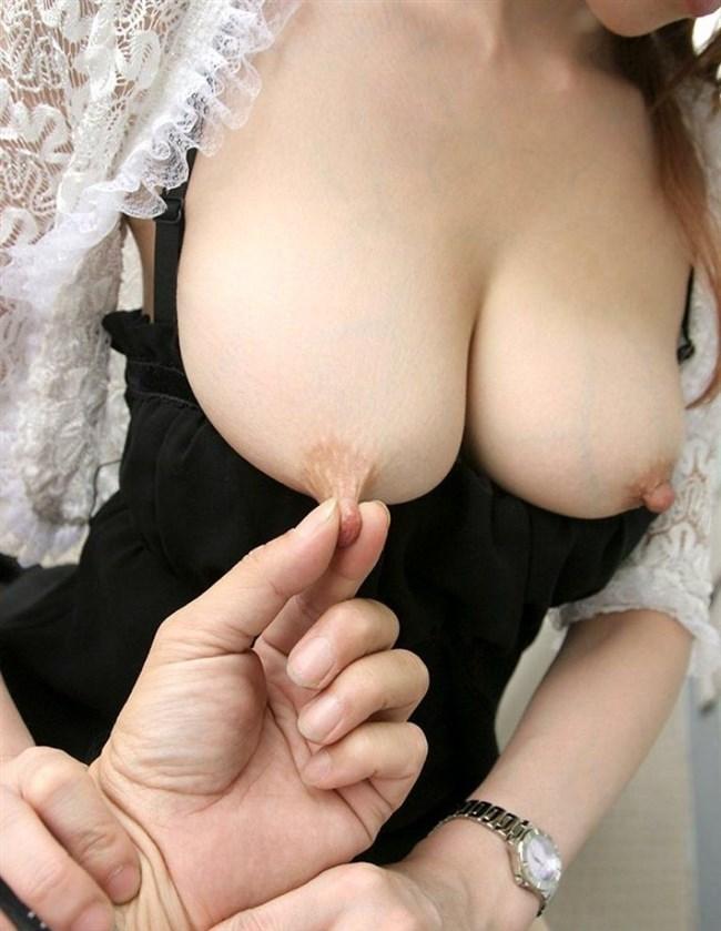 乳首を摘ままれた女子の欲情した表情wwww0004shikogin