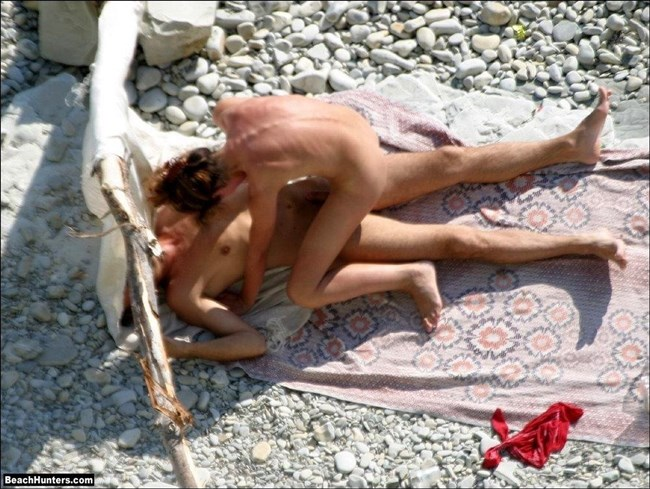ヌーディストビーチでお互いのカラダを見て欲情してしまった男女はこうなるwww0008shikogin