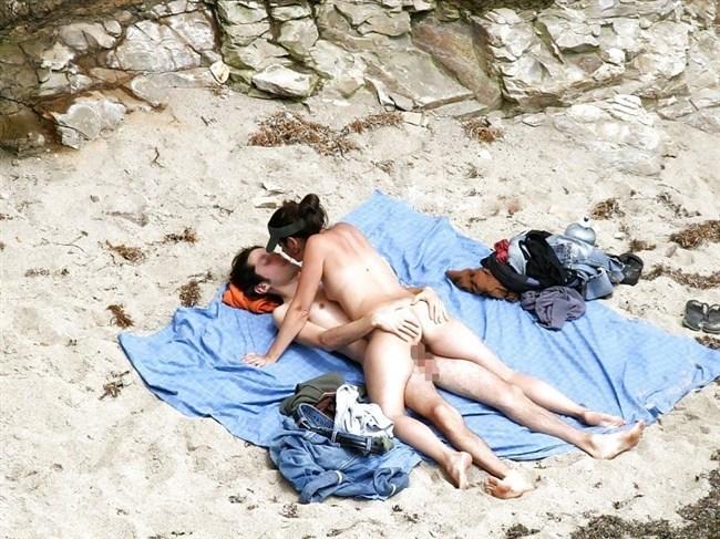 ヌーディストビーチでお互いのカラダを見て欲情してしまった男女はこうなるwww0027shikogin