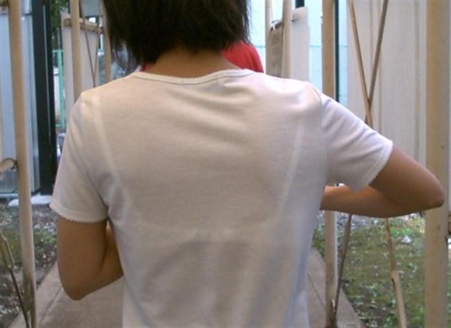 Tシャツ下のブラジャーがすっけすけの女子がえちえちwwwww0006shikogin