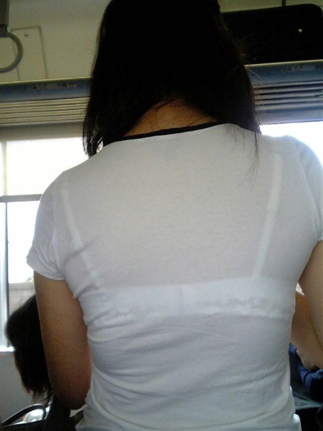 Tシャツ下のブラジャーがすっけすけの女子がえちえちwwwww0013shikogin