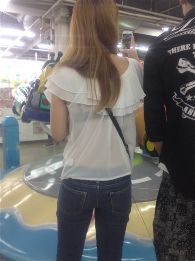 Tシャツ下のブラジャーがすっけすけの女子がえちえちwwwww0015shikogin
