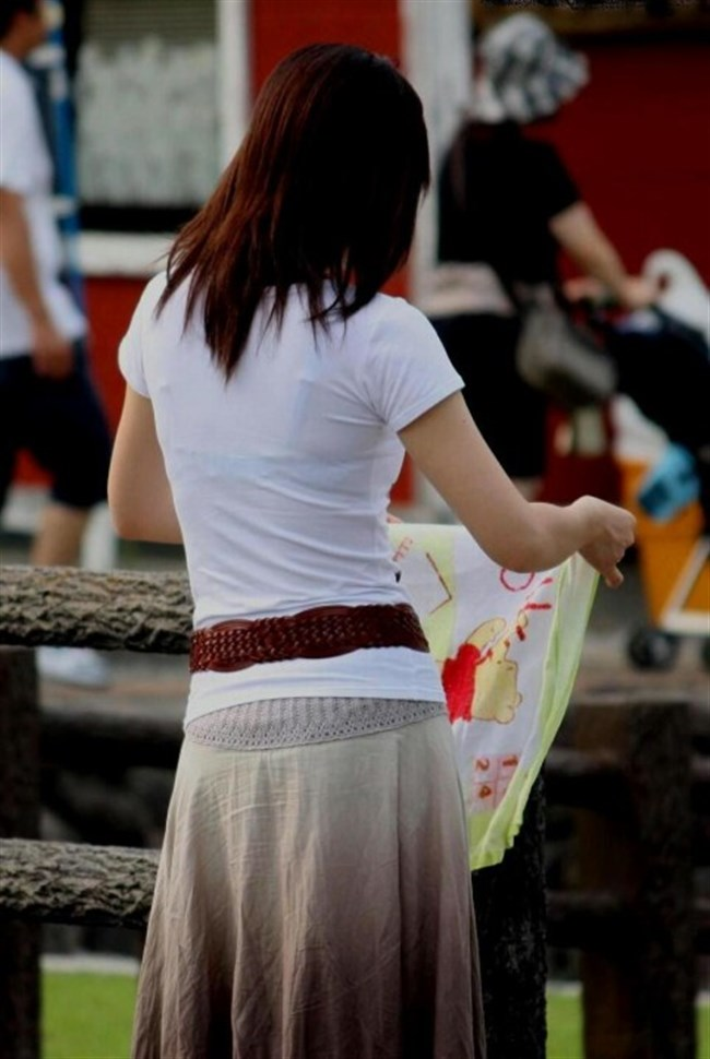Tシャツ下のブラジャーがすっけすけの女子がえちえちwwwww0016shikogin