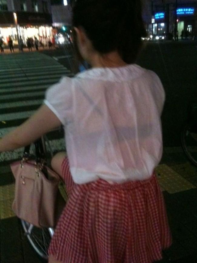 Tシャツ下のブラジャーがすっけすけの女子がえちえちwwwww0042shikogin