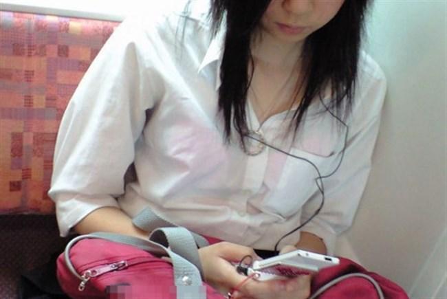 Tシャツ下のブラジャーがすっけすけの女子がえちえちwwwww0036shikogin