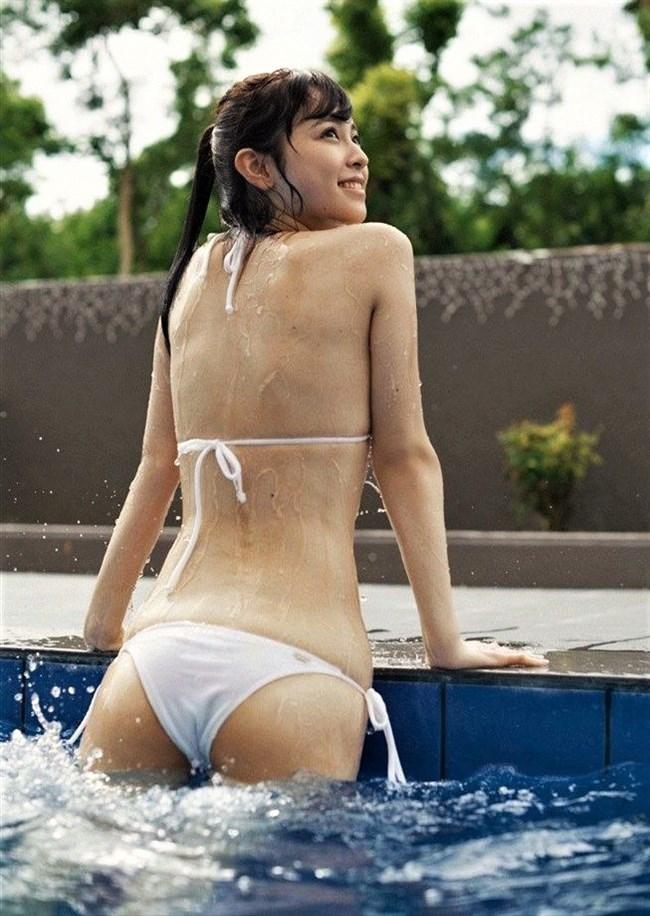 久慈暁子~フジテレビに入社した新人アナのグラビア水着写真を一挙に公開!0012shikogin