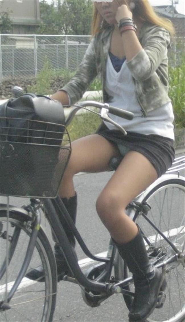 ミニスカ女子が自転車に乗ると高確率でパンチラする法則www0001shikogin