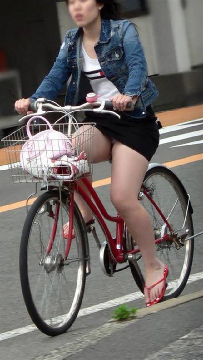 ミニスカ女子が自転車に乗ると高確率でパンチラする法則www0004shikogin