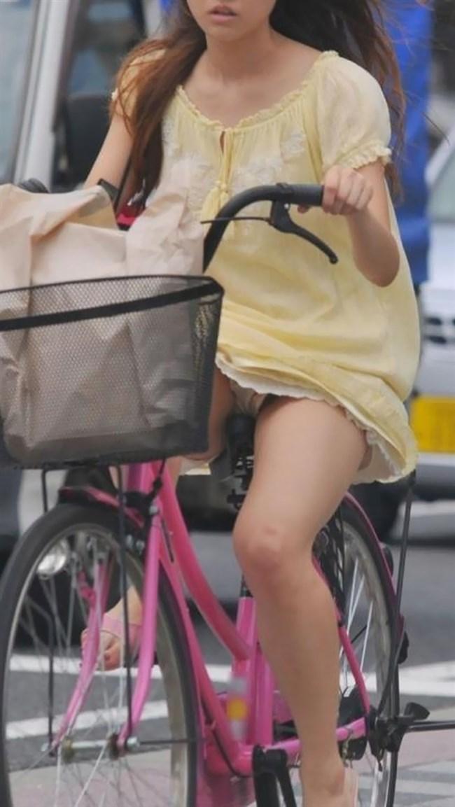 ミニスカ女子が自転車に乗ると高確率でパンチラする法則www0006shikogin
