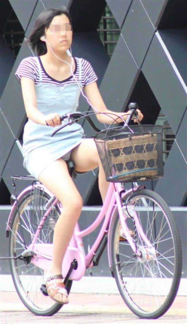 ミニスカ女子が自転車に乗ると高確率でパンチラする法則www0007shikogin
