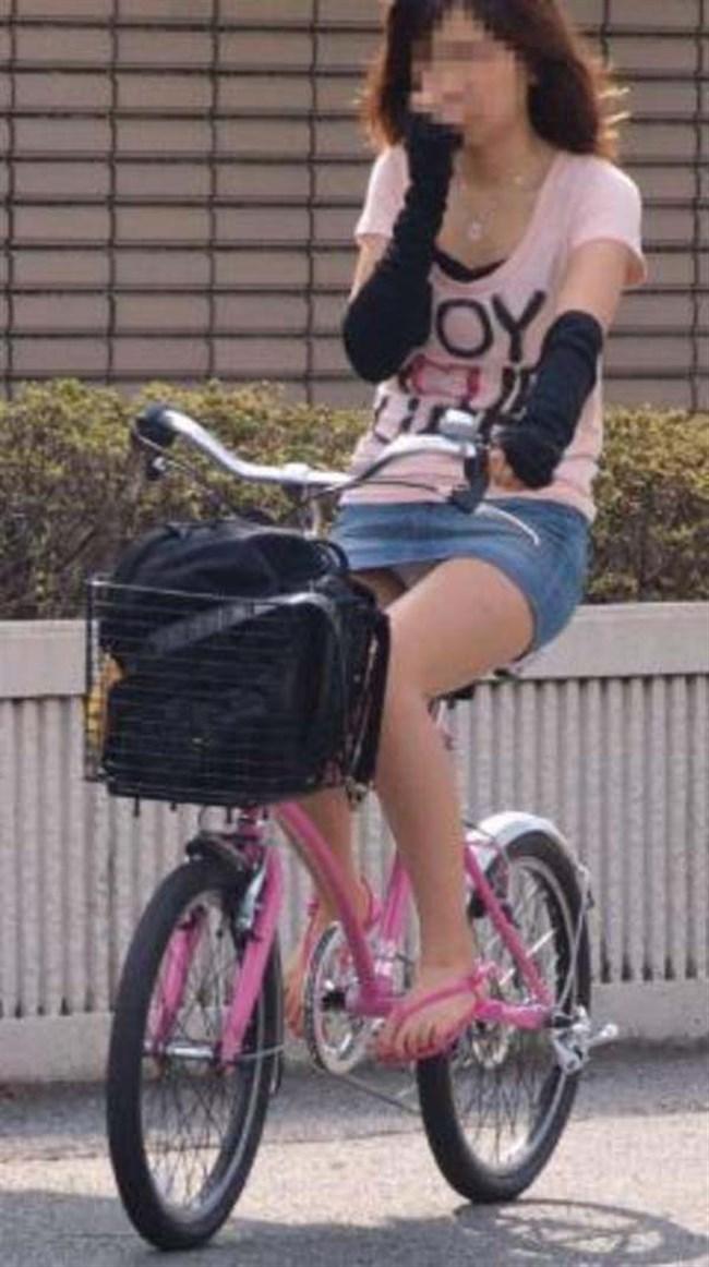 ミニスカ女子が自転車に乗ると高確率でパンチラする法則www0015shikogin