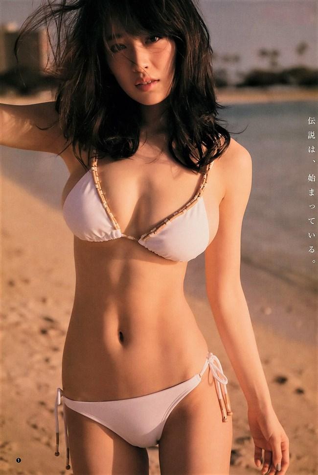 泉里香~1st写真集「Rika!」の先行下着姿ショットが衝撃的!爆乳過ぎるぞ!0004shikogin