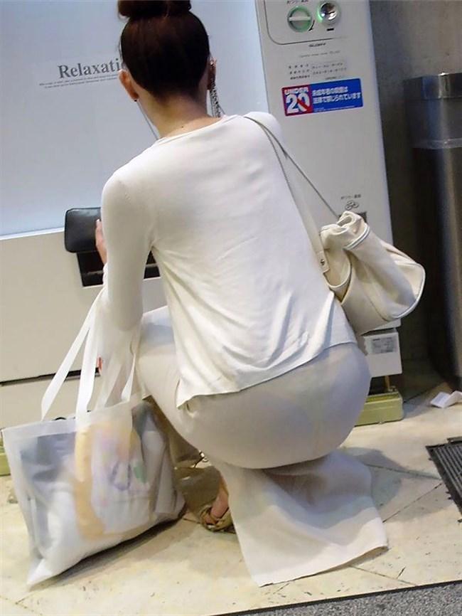 パンツが確実に透ける白系のスカートやパンツを履いてるまんさんwwww0011shikogin
