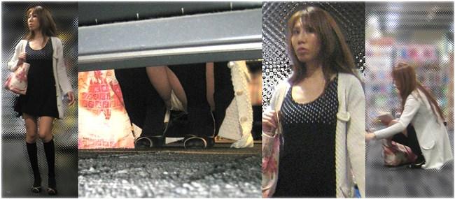 スカート女子が店内の棚に向かって油断してしゃがむ姿を正面から盗撮www0009shikogin