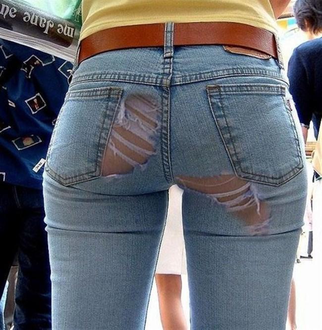 ダメージあり過ぎなダメージジーンズでパンツが丸見えwwwww0002shikogin