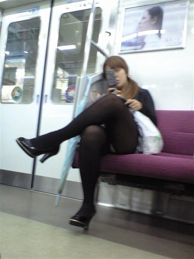 ミニスカ女子が電車内で爆睡するとこうなるwwww0038shikogin