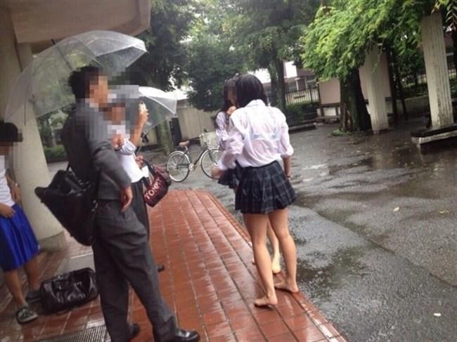 夏服JKが線状降水帯の集中豪雨に狙われてえちえちにwwww0029shikogin