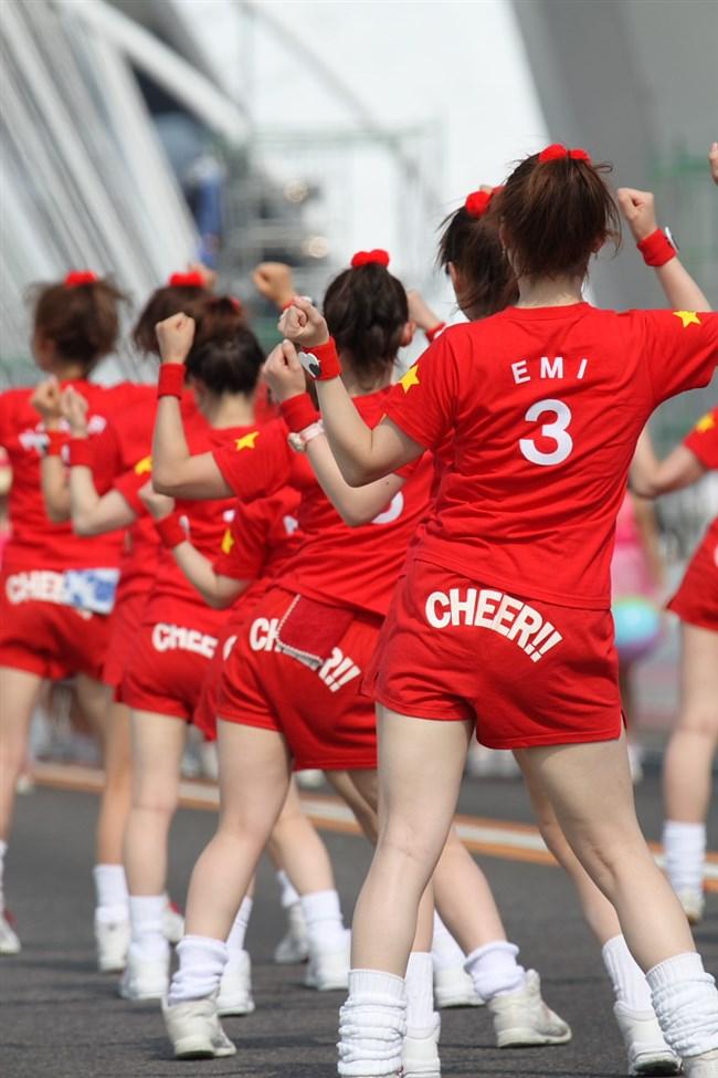 若い娘が下着姿で踊るえちえちフェスティバルwwwww0001shikogin