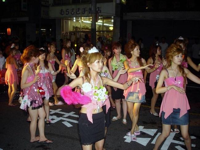 若い娘が下着姿で踊るえちえちフェスティバルwwwww0008shikogin