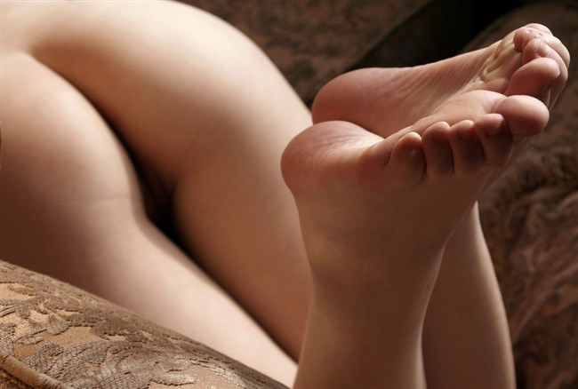 女子の足裏がおかずになるフェチのための画像まとめwwww0013shikogin