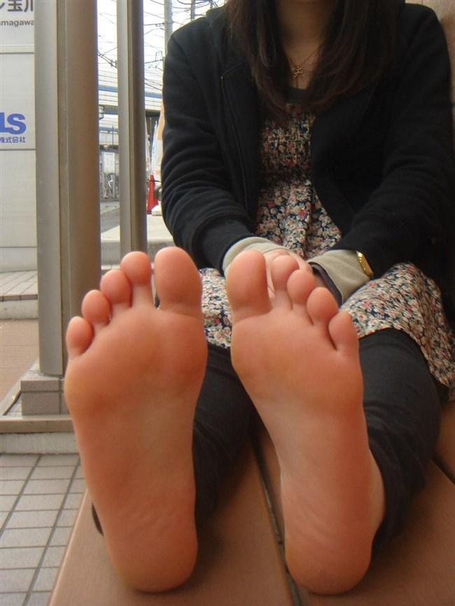 女子の足裏がおかずになるフェチのための画像まとめwwww0027shikogin