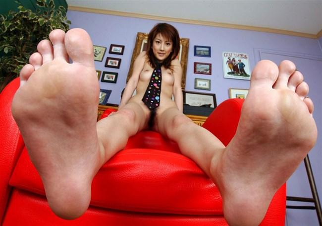 女子の足裏がおかずになるフェチのための画像まとめwwww0032shikogin