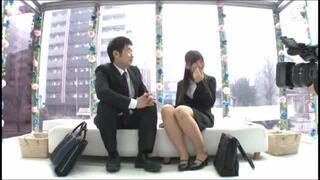 【素人手ヌキ】美女スケベな素人同僚の、膣内射精フェラ騎乗位プレイが、MM号にて…!!
