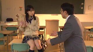 淫乱な巨乳で制服姿の美少女女子校生、由愛可奈の痙攣無料エロ動画。【由愛可奈動画】